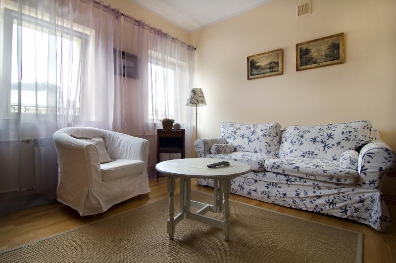 City center apartment! Next to metro, Nowowiejska - Image 1 - Warsaw - rentals