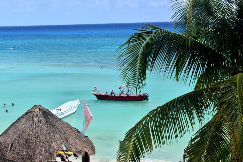 Luxurious 1 bedroom beachfront condo (EFS307) - Image 1 - Playa del Carmen - rentals