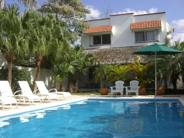 Jungle dream and pool - Selva Grande: 2 homes w/garden and pool in dwntwn - Cozumel - rentals