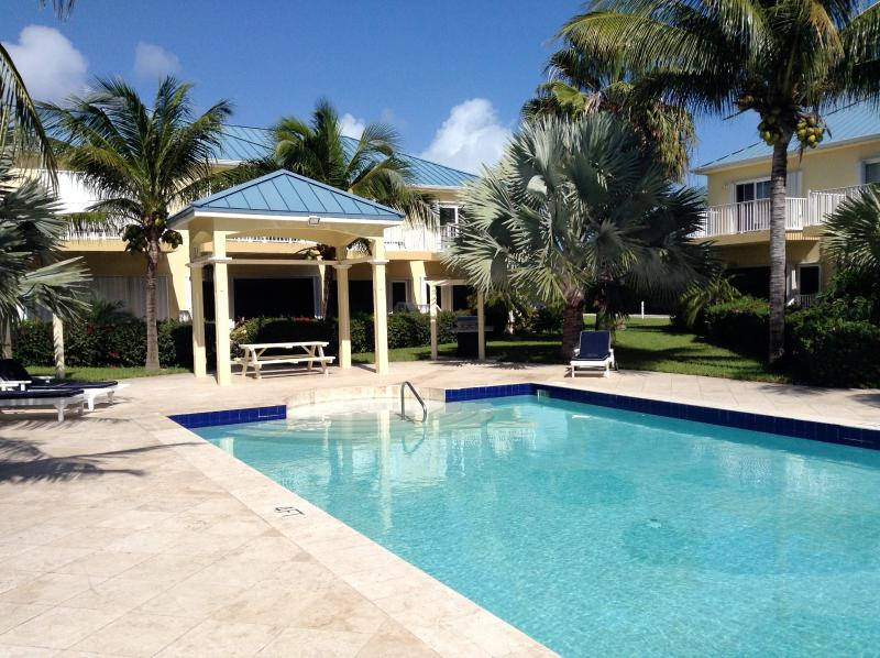 Pool - Grace Bay , near the beach - Providenciales - rentals