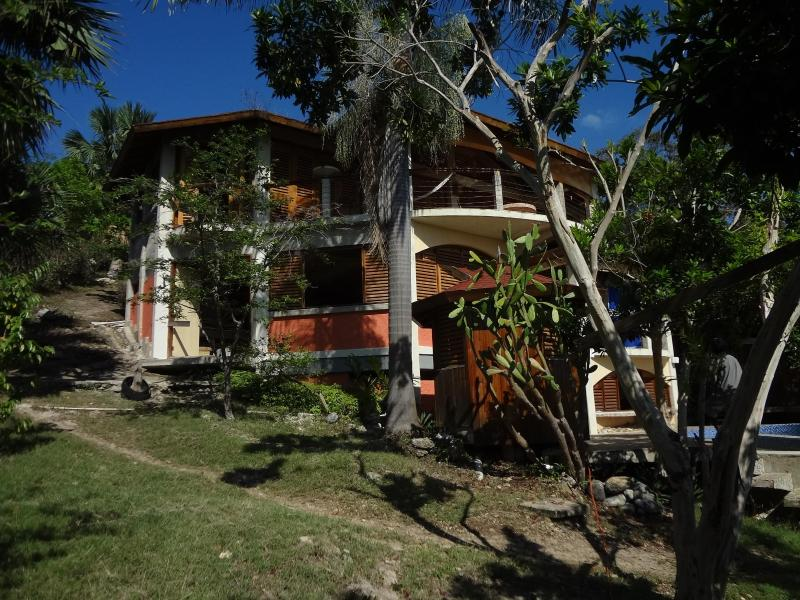 View of house from the garden - Jim's Place - Jamaica - south west coast. - Savanna La Mar - rentals