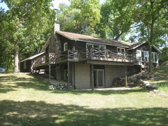 The cabin - lake side - CLASSIC LAKE CABIN on Green Lake, Spicer MN - Spicer - rentals