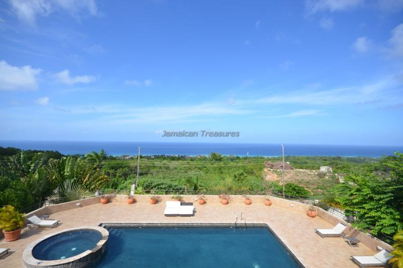 POOL! STAFF! OCEANVIEWS! Casa Bella - Image 1 - Rose Hall - rentals
