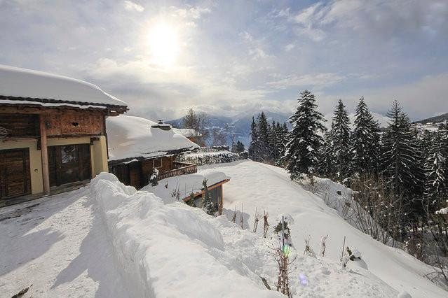 EL CONDOR, LUXURY CHALET IN SKI AND GOLF RESORT - Image 1 - Crans-Montana - rentals