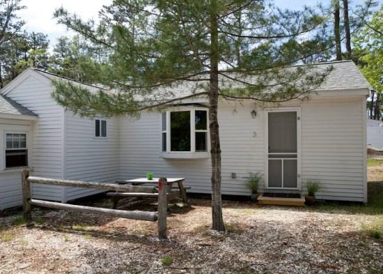 Updated Cabin in Beautiful Wellfleet - 1937 Route 6 - Image 1 - South Yarmouth - rentals