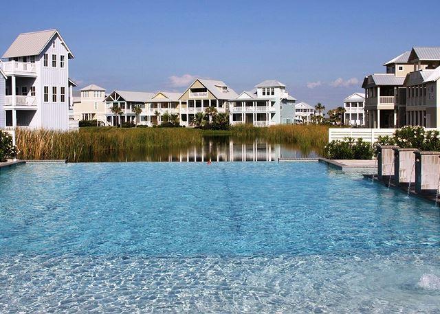 pool - Stunning 3BR/3BA Custom Condo at Cinnamon Shore sleeps 10, huge kids Bunkroom - Port Aransas - rentals