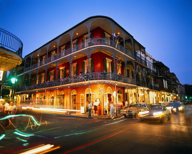 Stay Alfred Bourbon, Canal and French Quarter! MA1 - Image 1 - New Orleans - rentals