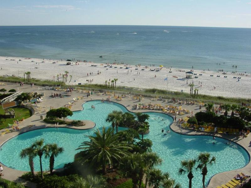 Main pool - Luxury Edgewater Beach & Golf Resort Unit - Panama City Beach - rentals