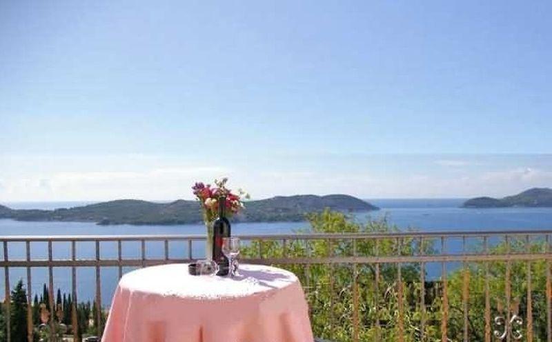 Apartment Bralovic- Superior with sea view - A2+1 - Image 1 - Zaton - rentals