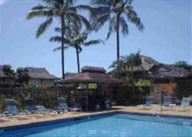swimming pool, jacuzzi, and barbecues - Sandpiper 120A: Affordable, charming, convenient central Princeville - Princeville - rentals