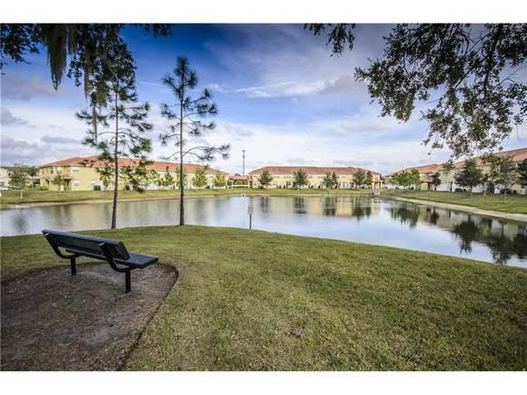 Safe gated and luxury Compass Bay Condo - Gated Luxury Compass Bay Condo with Lake View, $699 a week - Kissimmee - rentals
