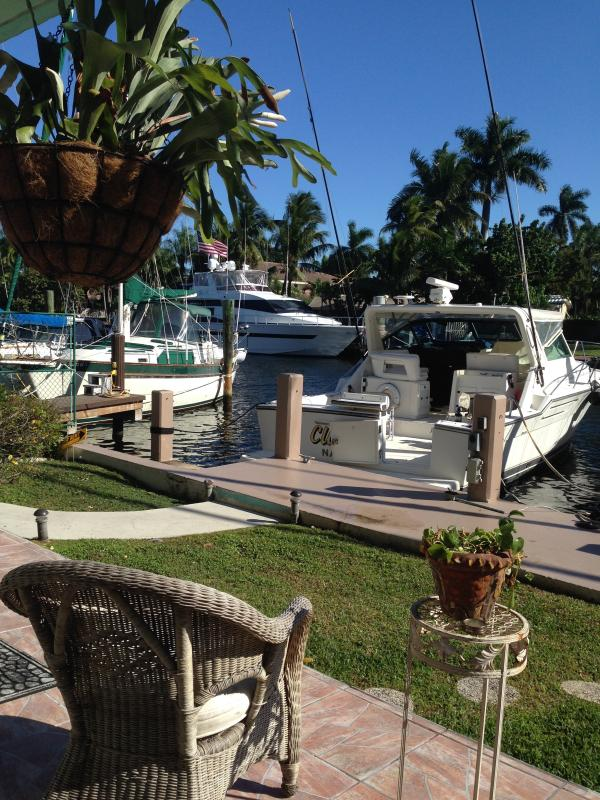 Las Olas Palms Waterfront with  patio 5 - Image 1 - Fort Lauderdale - rentals