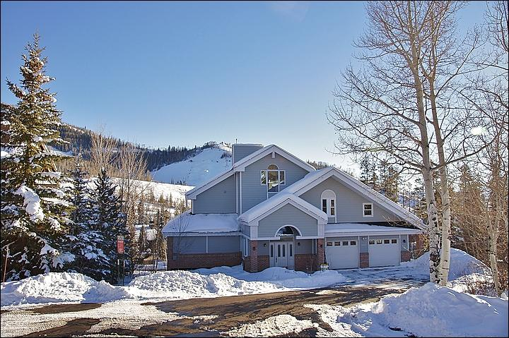 Exterior View with the Bashor Bowl & Christie Peak in the background. - DONT LOOK AT THE PHOTOS UNTIL YOU HAVE READ OUR DESCRIPTION -  (3935) - Steamboat Springs - rentals