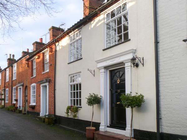 TED'S PLACE, character cottage, roll-top bath, pet friendly, enclosed garden, in Aylsham, Ref. 29247 - Image 1 - Aylsham - rentals