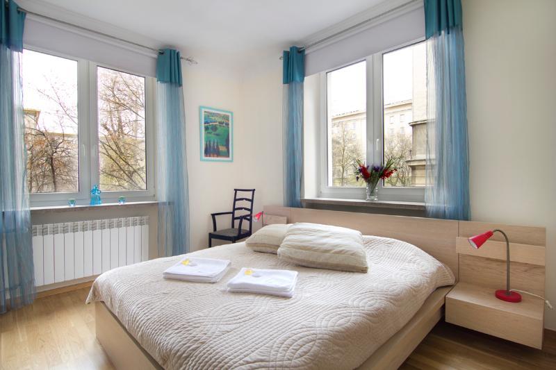 City center cosy apartment! Elektoralna 2 - Image 1 - Warsaw - rentals