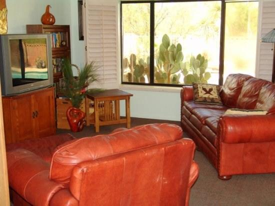 NEW LISTING - 3Bd/2BA with available dates for Spring - Image 1 - Tucson - rentals