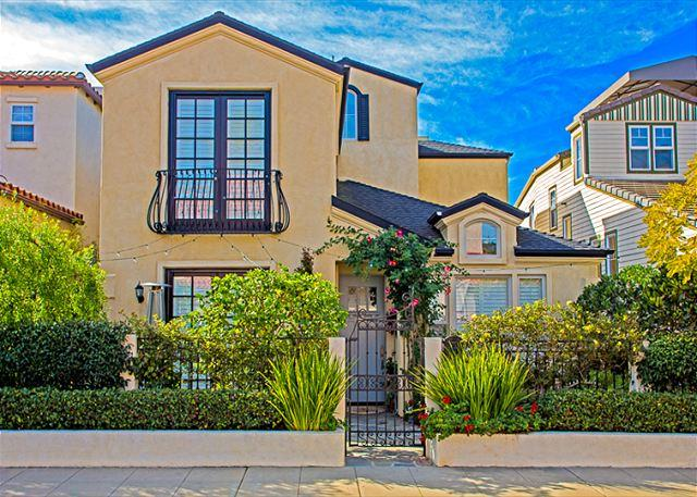 Charming private home in Windansea, La Jolla. Short walk to beaches and the Village. - 20% OFF FIRST WEEK OFF AUGUST - Country Beach Cottage - La Jolla - rentals