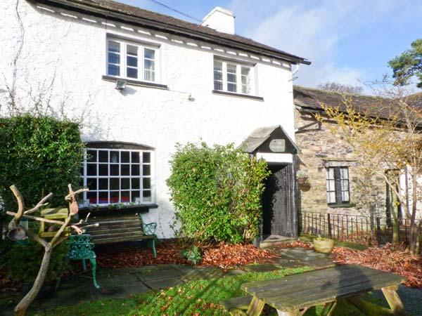 FARMSTEAD, character cottage, woodburner, en-suite, walks from the door, near - Image 1 - Coniston - rentals