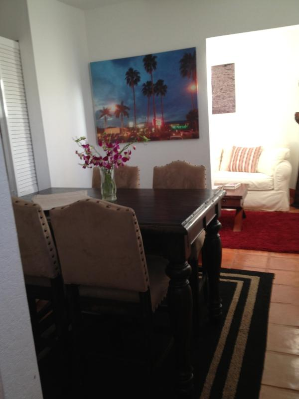 Dining Room..seats up to 6 - 2 Bed/1 Bath House 1000 SQ FT - Perrine - rentals
