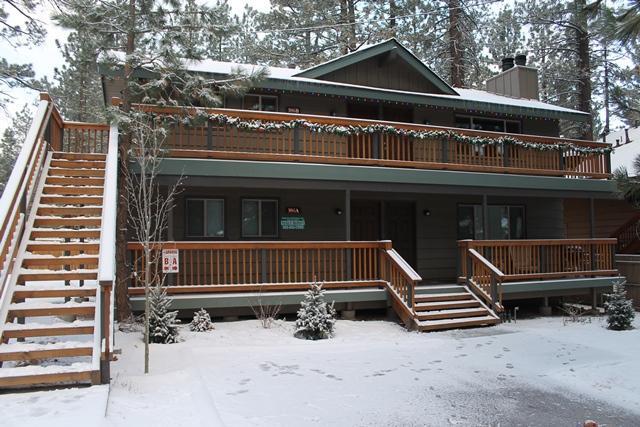 Big Bear Lake Upper Unit Steps to Snow Summit - Image 1 - Big Bear Lake - rentals