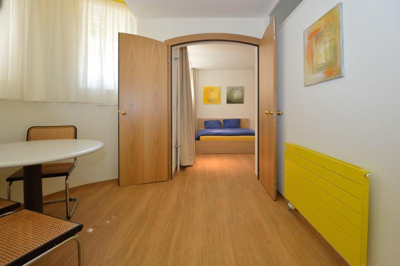 Dinning area - Garden Apartment 2- Zuriberg - Zurich - rentals