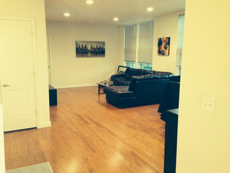 Stunning 3 BR, 2 Bath Hoboken Apt for Rent - Image 1 - Hoboken - rentals