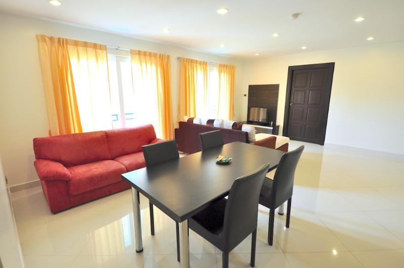 Park Lane 301-302/4 - Image 1 - Pattaya - rentals