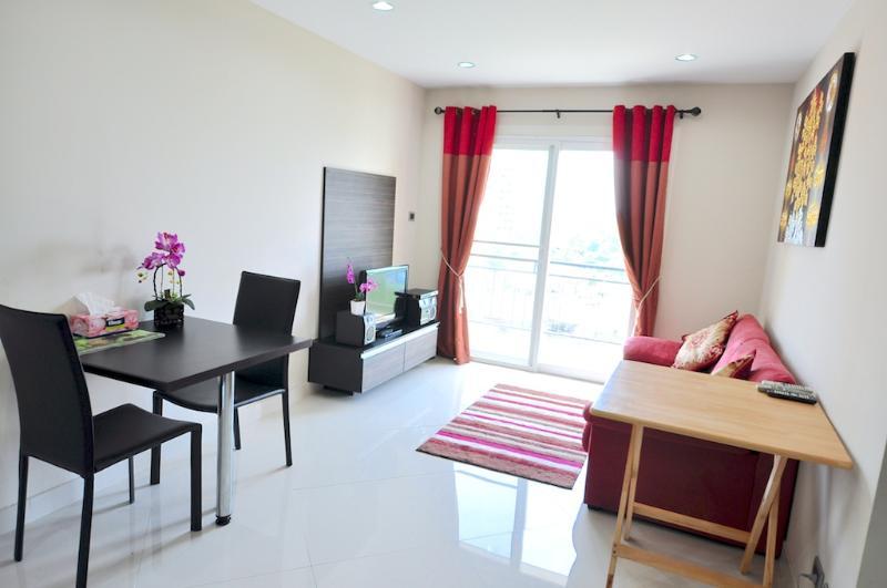 Park Lane 714-2 - Image 1 - Pattaya - rentals