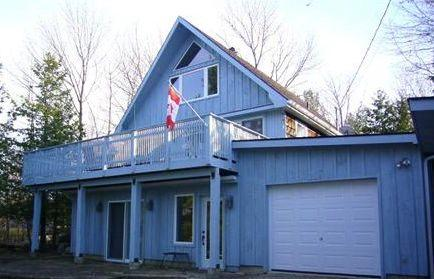 Cottage front - Georgian Bay Cottage - Carlton Place - rentals