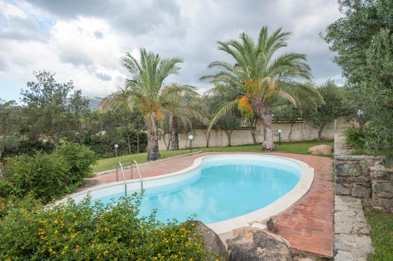 Villa Barbara - Image 1 - Solanas - rentals