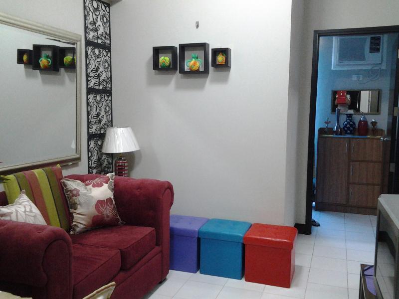 living area - Chateau Elysee  2 condo  at Paranaque, Philippines - Paranaque - rentals