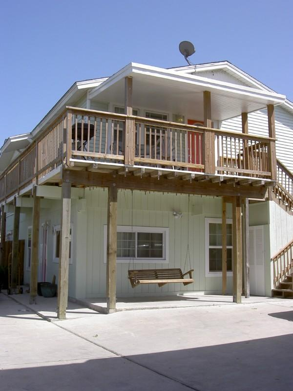 The Green House and Green Two - Beach Close, Sleeps 10, Pets Welcome No size limit - Port Aransas - rentals