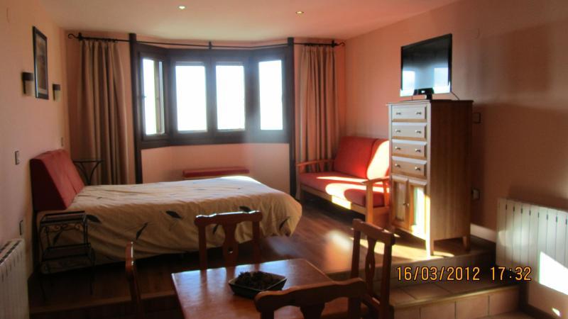 Apartamento estudio en ski resort Sierra Nevada (Granada) Spain - Image 1 - Sierra Nevada - rentals
