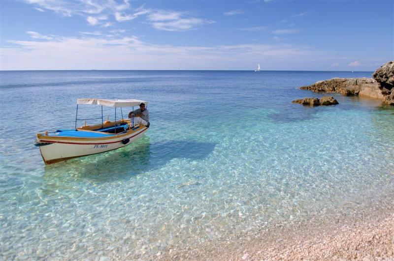 (email: hidden).comBeautiful Beaches - Beautiful sea view apartments Andrea - Pula - rentals