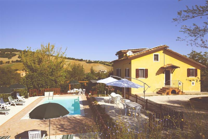 Your vacation in Villa with pool - Image 1 - San Ginesio - rentals