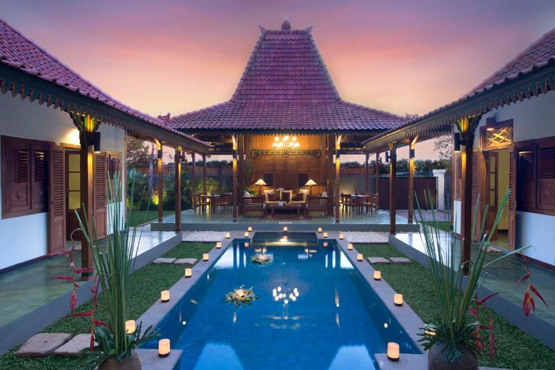 Villa & Pool Overview - Berawa, 2 Bedroom / 3 Bedroom Villa, Berawa Beach - Canggu - rentals