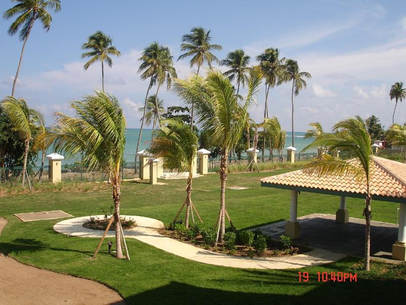 Aquatika Beachfront is right on the beach! - Aquatika Best Location Right on the Beach! - Loiza - rentals