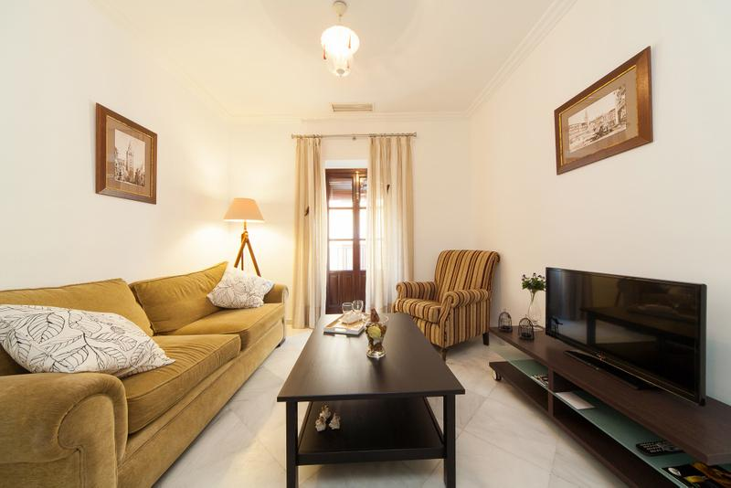 [652] Perfect location for this apartment - Image 1 - Seville - rentals