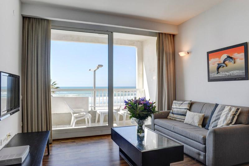 TLV / 1 BR Vacation Apt with Balcony and Ocean View - Image 1 - Tel Aviv - rentals