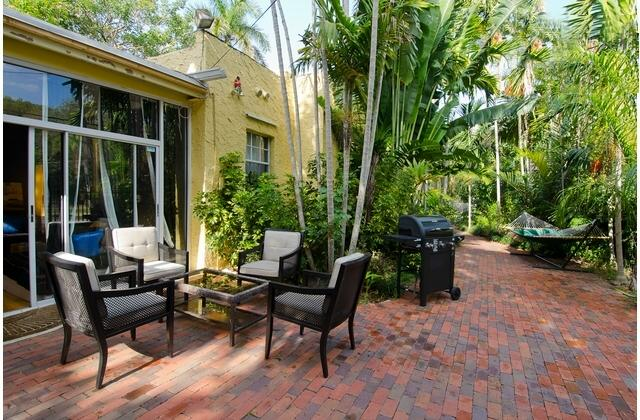 9P Charming Coconut Grove House w/garden near Marina and Restaurants - Image 1 - Coconut Grove - rentals