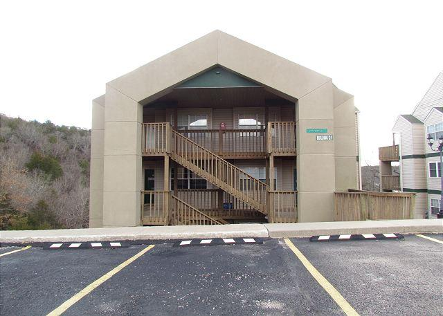 Outside of Building - A Robin's Nest- 2 Bedroom, 2 Bath Condo near SDC and Table Rock Lake - Branson - rentals