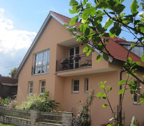 Vacation Apartment in Aidhausen - 1238 sqft, 5-star-apartement, well-maintained, central, modern (#… #4764 - Vacation Apartment in Aidhausen - 1238 sqft, 5-star-apartement, well-maintained, central, modern (#… - Friesenhausen - rentals