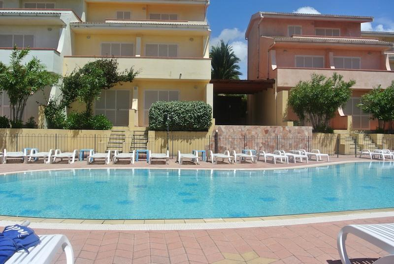 Studio Apartment in residence Le Onde with swimming pool and sea view - Image 1 - Badesi - rentals