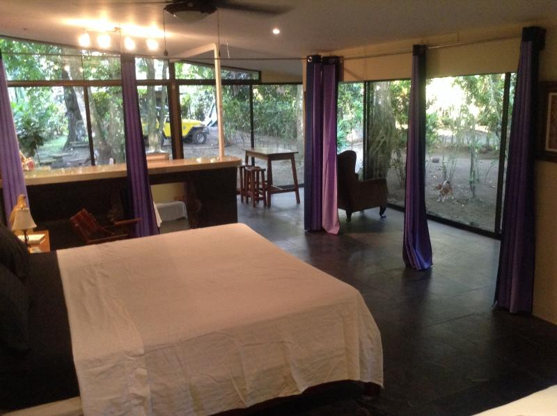 Bedroom - Jungle House - Playa Matapolo - rentals