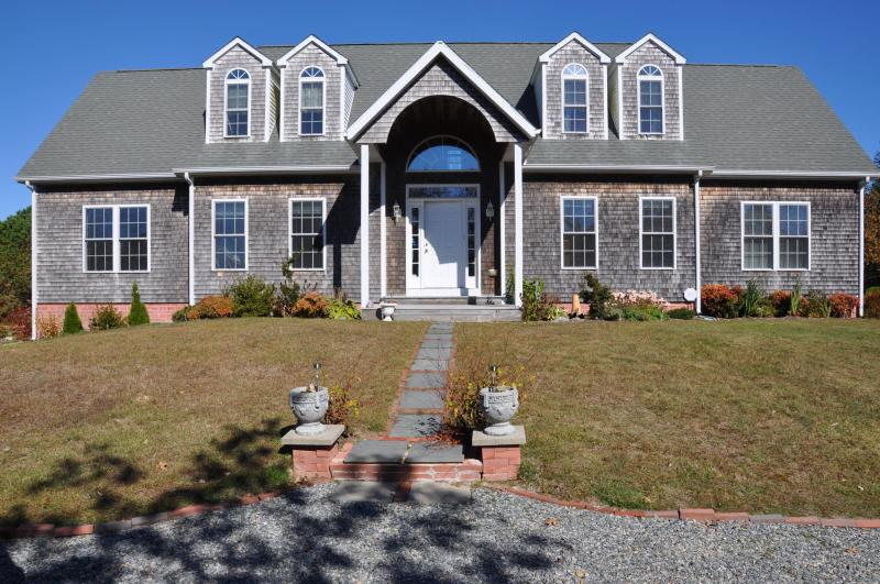 Relax on Martha's Vineyard just minutes from the beach - West Tisbury - Relax on Martha's Vineyard - West Tisbury - rentals