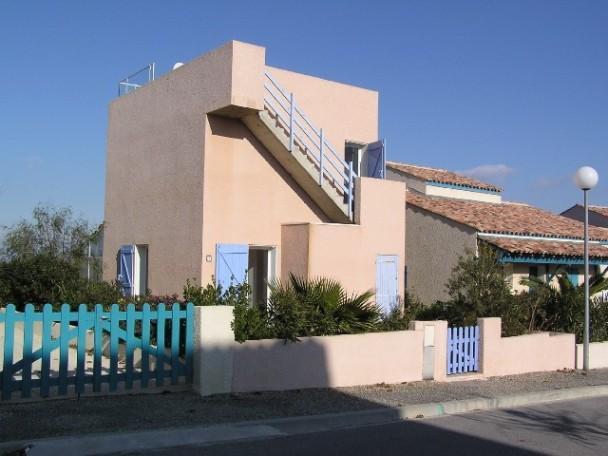 Haus von der Straßenseite - Ferienhaus mit Meerblick und großer Dachterrasse  für 4 Personen - Aude - rentals