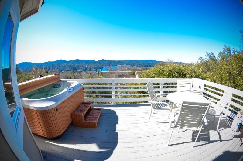 Spa. BBQ. Billiards. Lake Views. Mountain Getaway! - Image 1 - Lake Arrowhead - rentals