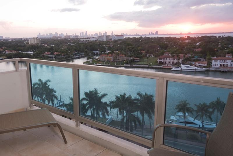 large spacious balconies (views vary depending on room) - 2 Bedroom 2 Bathroom Junior right on the Ocean^ - Miami Beach - rentals