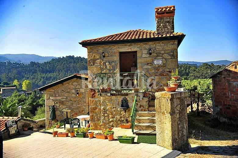 Equipped cottage in the magical mountains - Image 1 - Vale de Cambra - rentals
