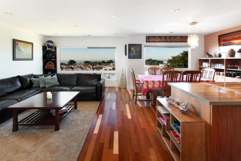 living/dining room ,ocean view - CAPTIVATING OCEAN VIEW - San Francisco - rentals